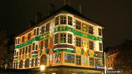 Kunstvolle Illumination am Ruffinihaus in München