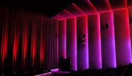 Inszeniertes Lichtkonzept für das mk6 Kino