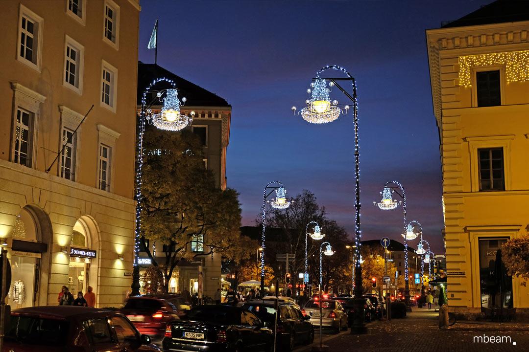 Weihnachtsbeleuchtung München.Exclusive Christmas Lighting At Brienner Straße Mbeam Studio For