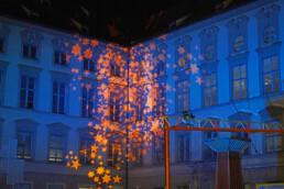 Weihnachtliche Lichtinstallation München